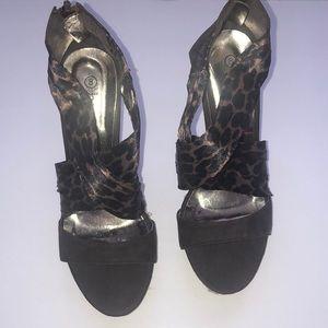 BUCCO Strappy Cheetah Print Heels